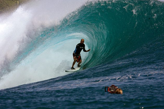 Photo: Rodrigo from Aloha Shop Gets Shacked