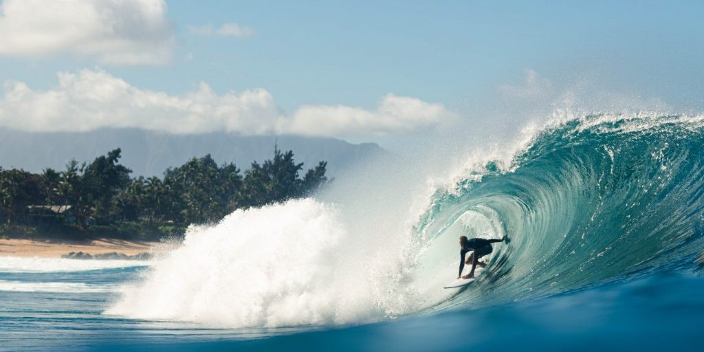 Daniel Adisaka Surfer